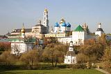 Вид на Лавру со стороны города