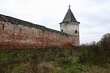 Некогда величественная монастырская стена...