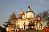 Величественный монастырский храм