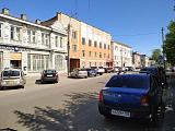 Уютная и тихая улочка в городе Кимры