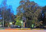 Памятник Тургеневу,вечером