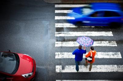Особенности пропуска пешеходов