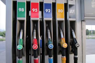 Автомобильный бензин АИ 95 или АИ 92. Что выбрать?