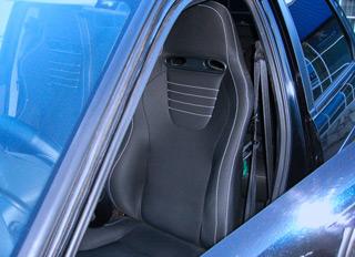 Выбор спортивных сидений для авто